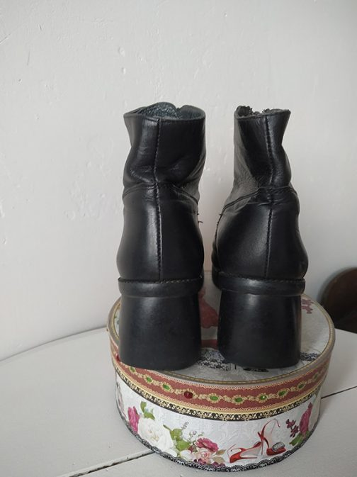 Bottines noires en cuir - arrière